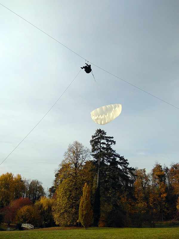 Extraction parachute 1